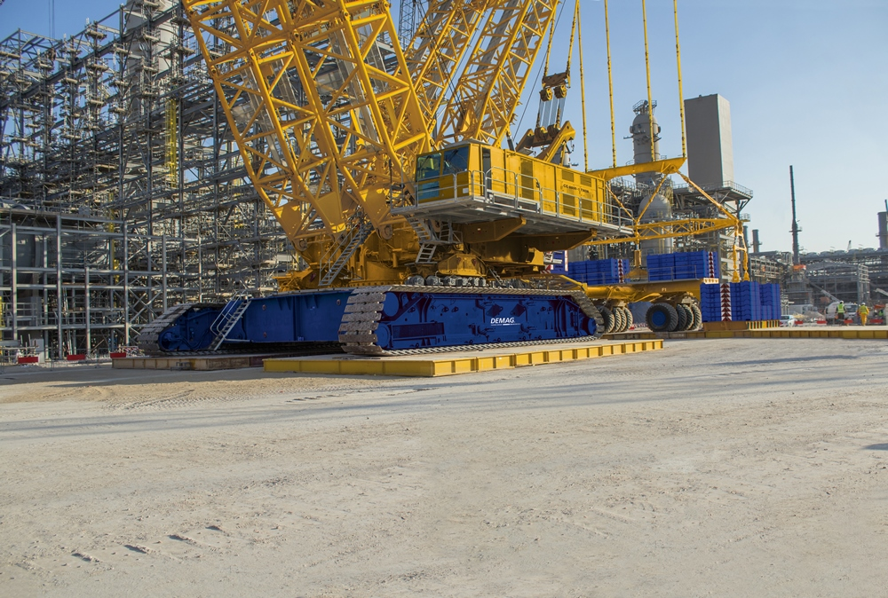 Demag CC 8800-1 TWIN - World's Top 10 tallest land-based cranes