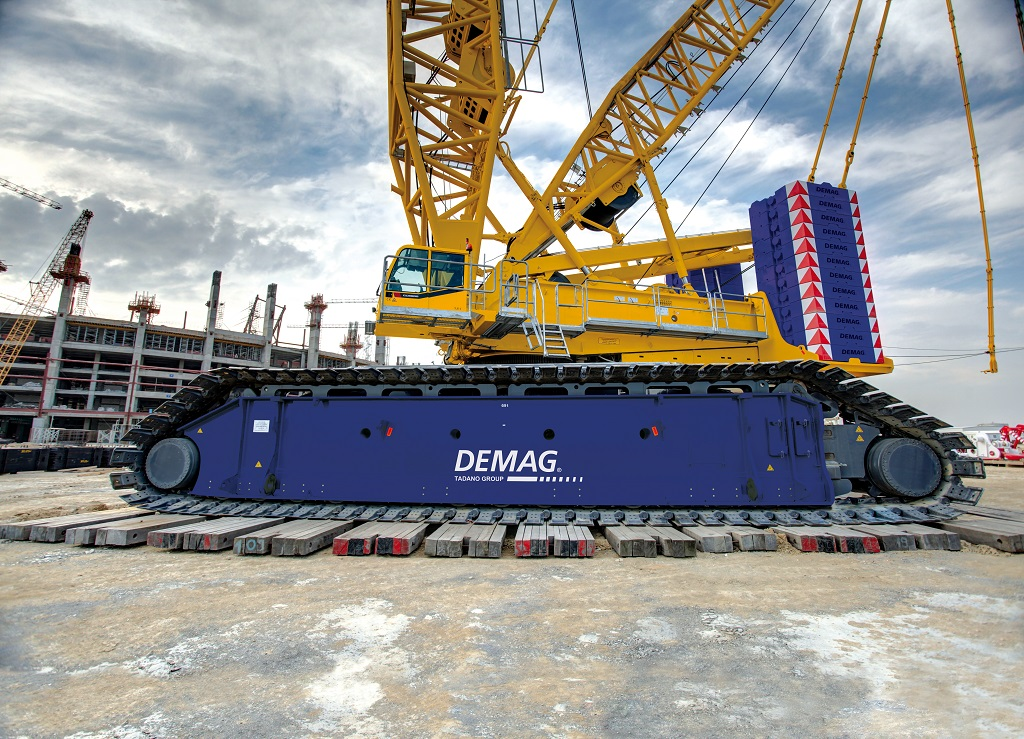 Demag CC 6800-1 - World's Top 10 tallest land-based cranes