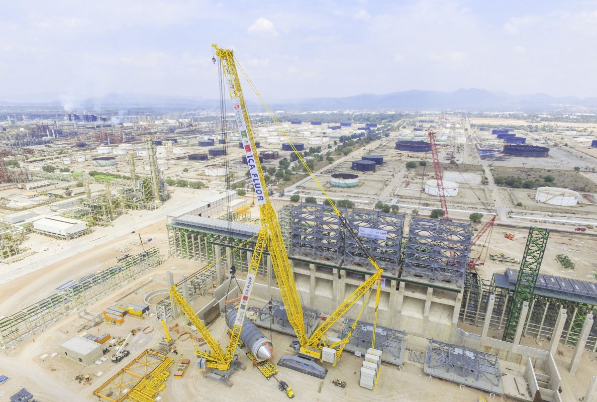 Leibherr LR 13000 - World's Top 10 tallest land-based cranes