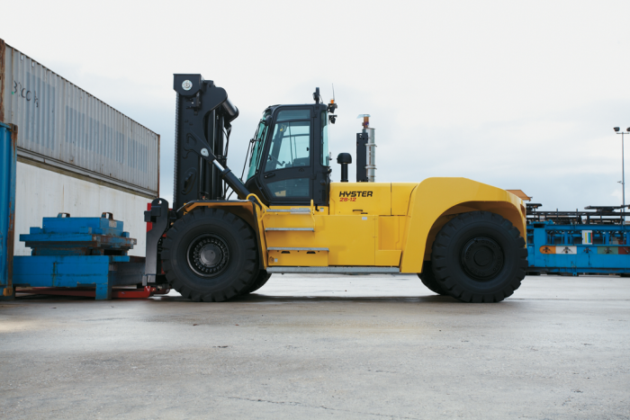 how to drive a hyster forklift