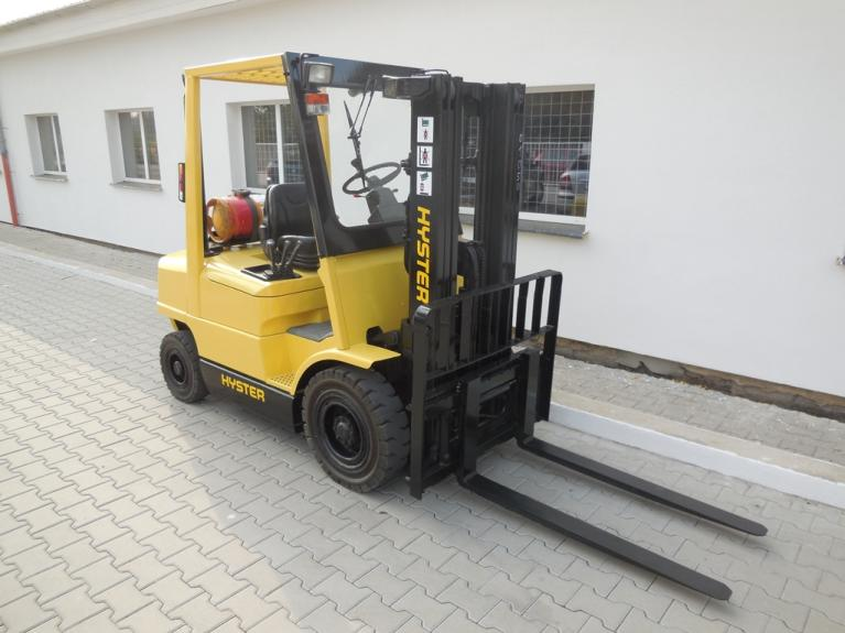 Hyster H 2 50 XL Specifications & Technical Data (1987-1994